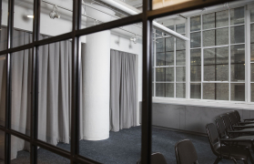 Sound-Absorbing-Curtains