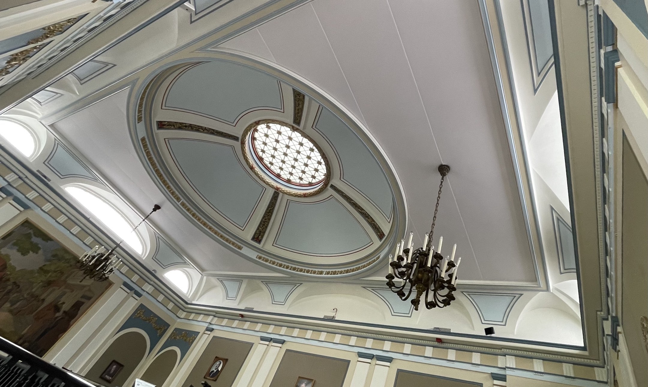 Acoustic Fabric Wall & Ceiling in Historic Building